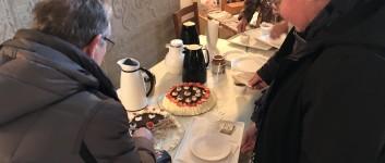 Hyggegudstjeneste med kaffe og lagkage kl. 14